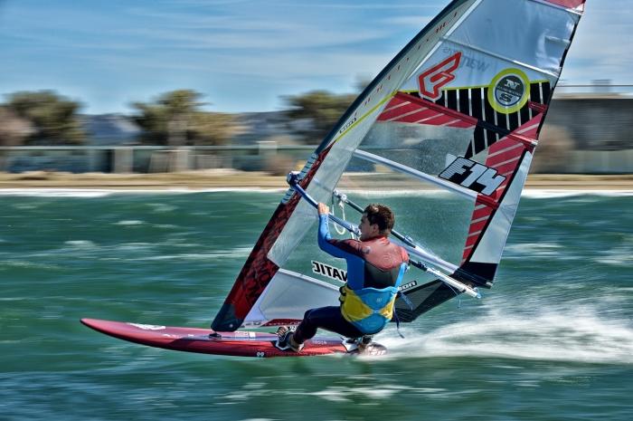 Un D�fi Wind sous haute tension et une nouvelle victoire pour Pierre Mortefon !