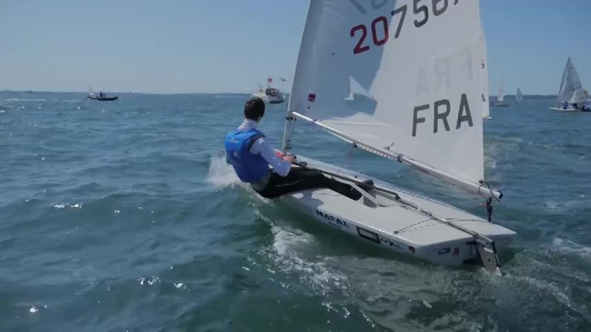 Clip Ecole Française Voile et Club Compétition de l'Année 2016