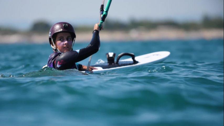 """""""Elles de Kite"""" : le programme pour accompagner les futures talents féminins en KiteFoil!"""