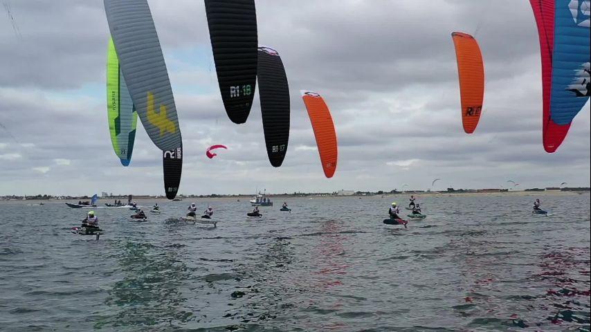 Top départ pour l'Engie Kite Tour 2021 à Lorient-Gâvres